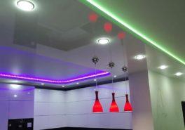 Двухуровневые парящие потолки со светодиодной подстветкой