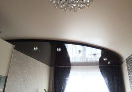Установкадвухуровнегонатяжного потолка в комнату площадью18 м²