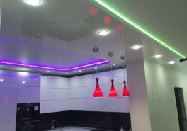 Установка натяжных потолков в квартиру площадью 92 м²