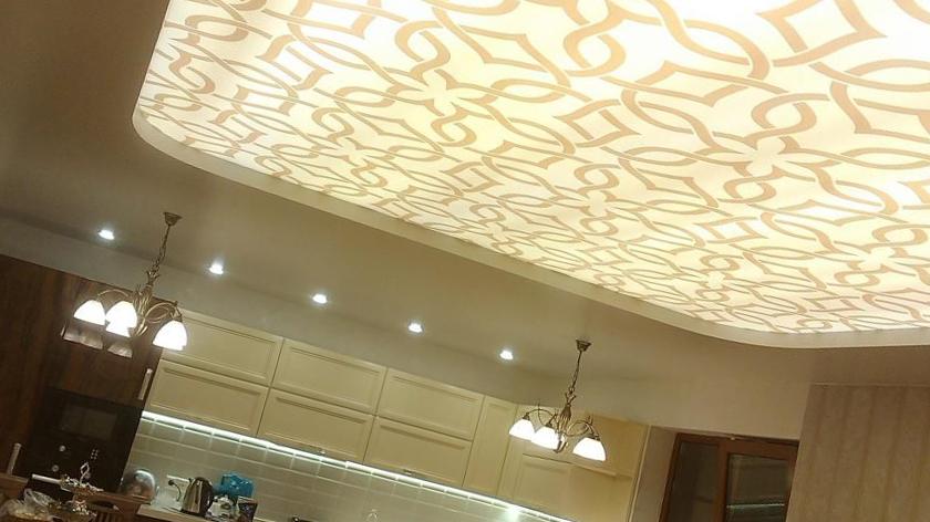 Виниловые натяжные потолки для квартир: что о них нужно знать?